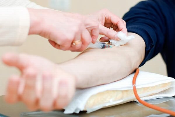 Những phương pháp sàng lọc bằng xét nghiệm máu khi mang thai