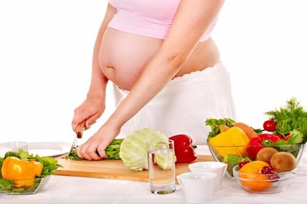 tuần thai thứ 10